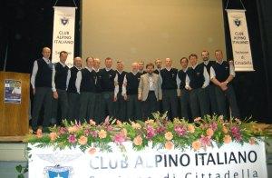 Il coro e Luca Mercalli